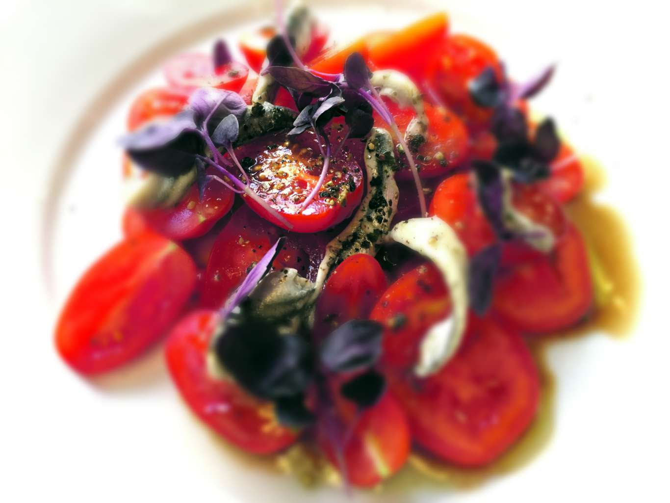 Tomatoes and anchovt at Hantverk & Found. Photo: Stephen Emms