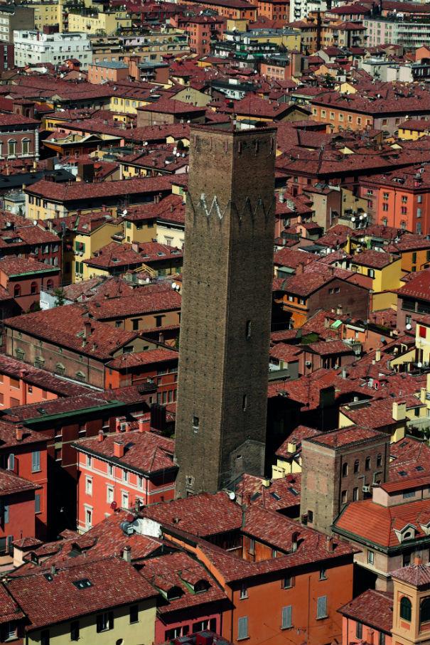 Asinelli Tower, Bologna